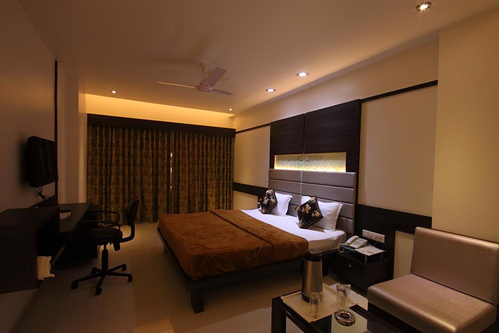 Hotel Apex Bharuch