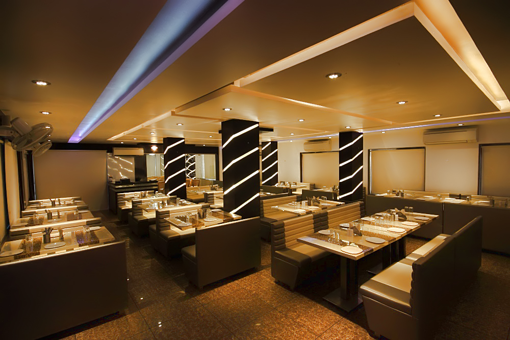 Hotel Apex Bharuch - Restaurant
